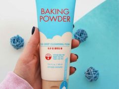 Пенка для жирной кожи Baking Powder Pore & BB Deep Cleansing Foam